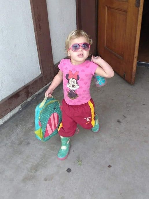 toddler is mismatched clothes