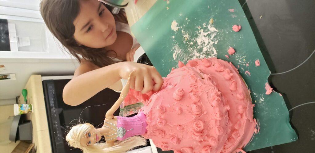 child making a nailed it challenge cake