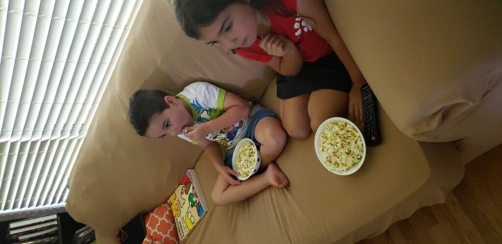 kids eating popcorn