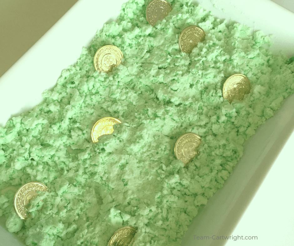green leprechaun snow with gold coins