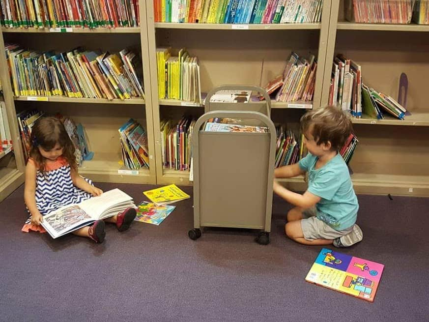 toddlers at the library