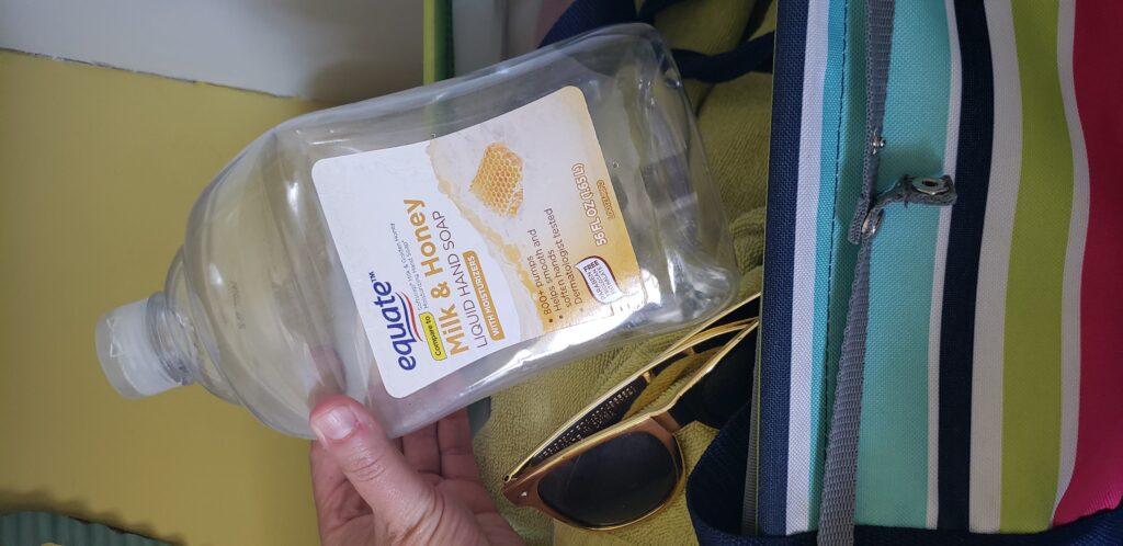 squeeze water bottle in beach bag